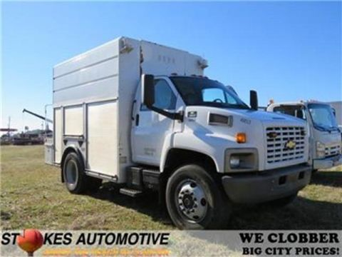 Pre-Owned 2009 Chevrolet 8500